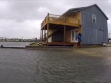 Raw: Water rising in Beaufort