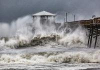 Meet the 'weather weenies' — the volunteers behind the hurricane professionals