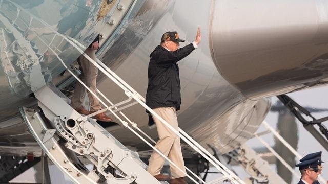 (Official White House photo by Shealah Craighead)