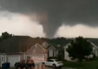 Missouri tornado damage traps people in homes