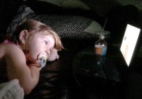 Hurricane Dorian: Tips for keeping kids calm