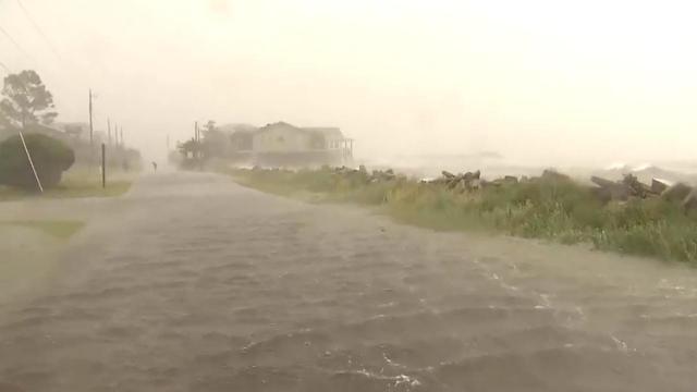 Flooding in Nags Head neighborhood