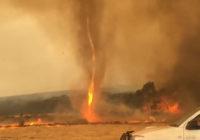 Fire tornado caught on camera on Kangaroo Island as Australian wildfires rage