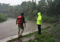 Flash flood kills 6 students on Indonesian school trip
