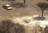 Massive water main break floods East Loop near Clinton; some cars stranded