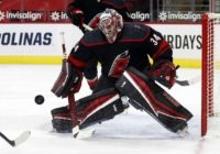 Hurricanes G Mrazek leaves game in 1st period due to injury