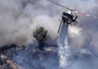 Wildfire evacuees flood Lake Tahoe roads in rush to flee